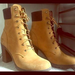 Women's Glancy 6in Wheat Timberland boot